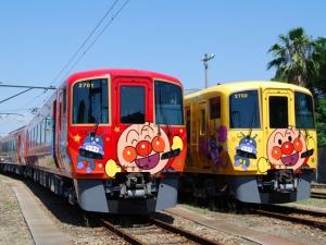 「アンパンマン列車」の新車両が7月18日デビュー♪