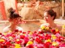 週末は温泉でほっこり過ごしませんか? 11月30日(土)、12月7日(土)空室があります。